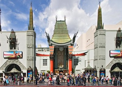 Visit the Grauman's Chinese Theater on our 2-hour Hollywood Bus Tour